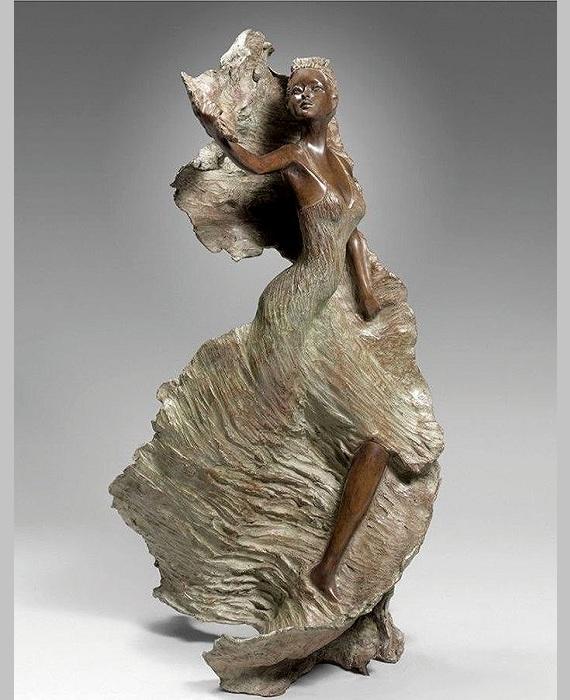 Бронзовые скульптуры от Натали Сегуин.