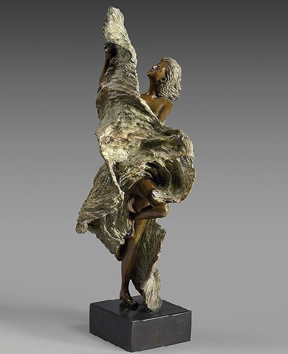 LUNA. Бронзовые скульптуры от Натали Сегуин.