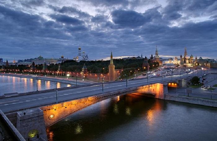 Фото. Современный Москворецкий мост.