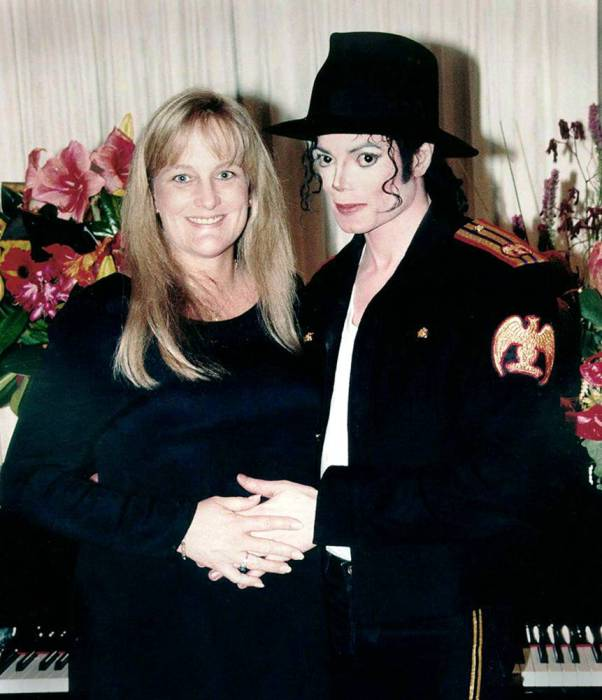 Майкл Джексон и Дебби Роу.