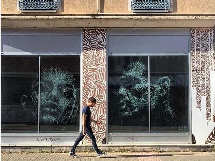 Портреты на витрине магазина. Художник: Simon Berger. | Фото simonberger.art.