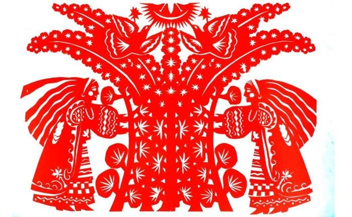 Традиционная резьба по бумаге в Восточной Европе.