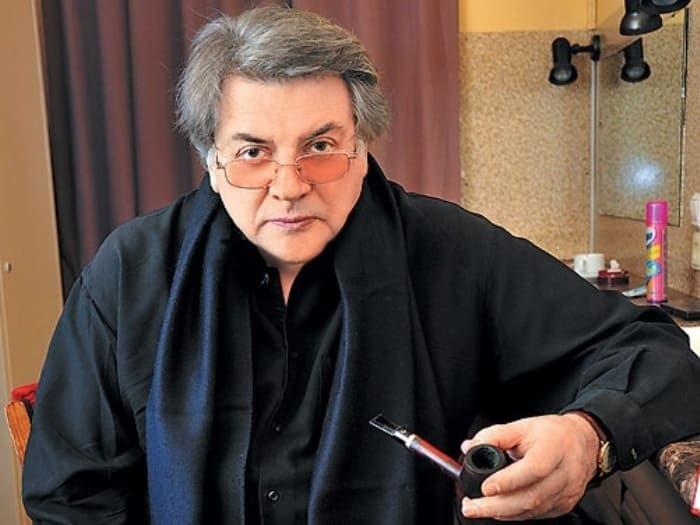 Александр Ширвиндт - профессор трубок.