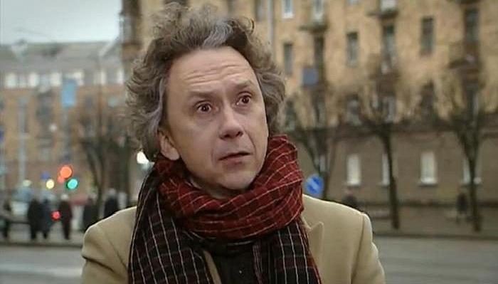 Вадим Демчог - актер кино и театра, режиссер, сценарист, радиоведущий.