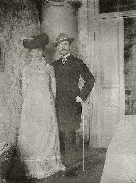 Кустодиев Борис c женой Юлией. 1903год.