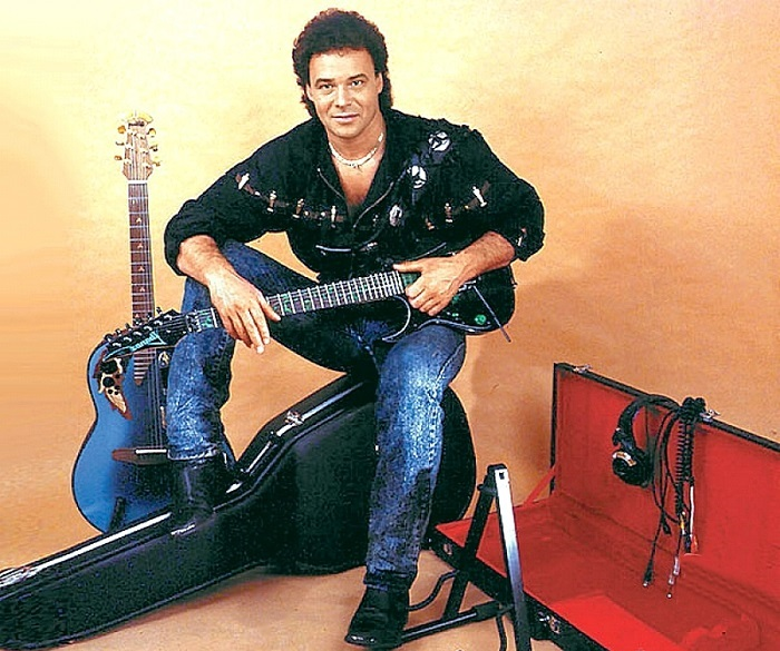 Михаил Муромов - композитор, певец, звезда эстрады 80-х годов.