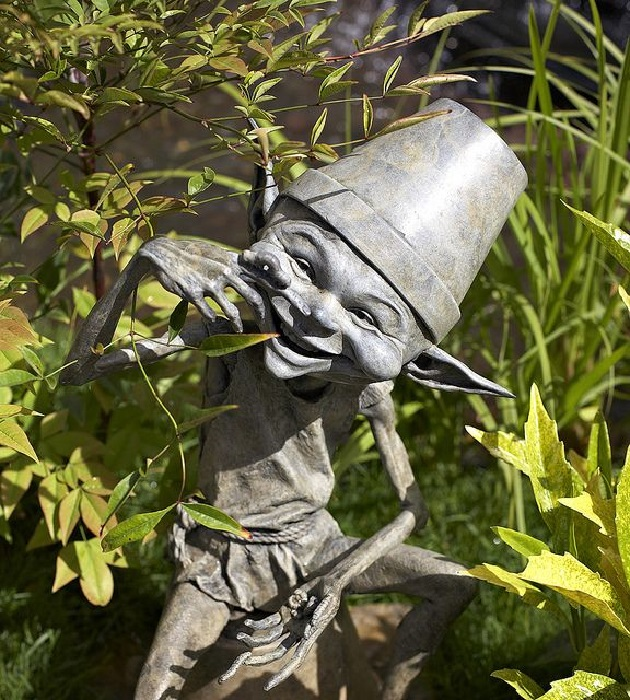 Садовые скульптуры из бронзы Дэвида Гуда.   Фото: mirtesen.ru.