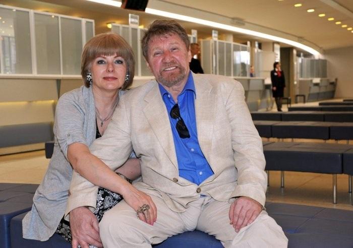 Семен Михайлович Морозов со своей супругой Светланой Родичевой.