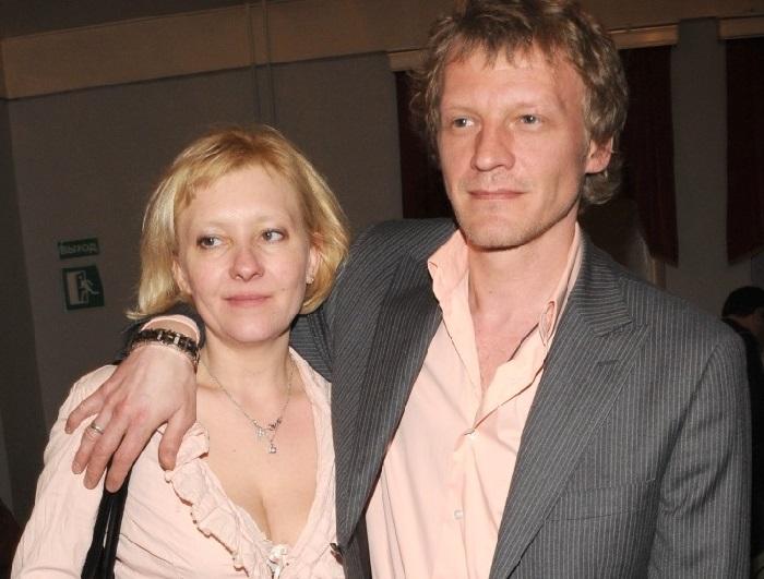 Алексей Серебряков с женой Машей.