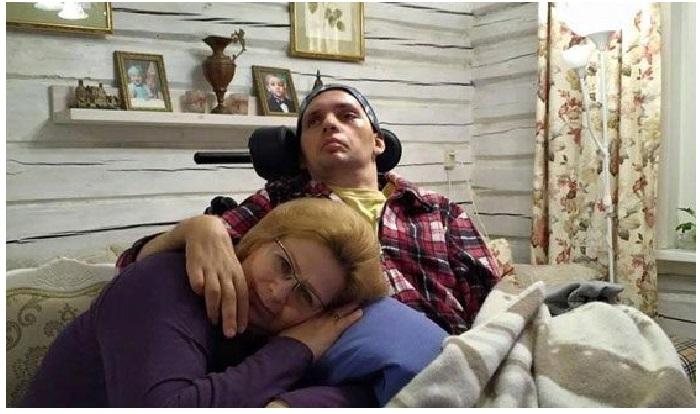 Ольга Янина с сыном. / Фото: uznayvse.ru.