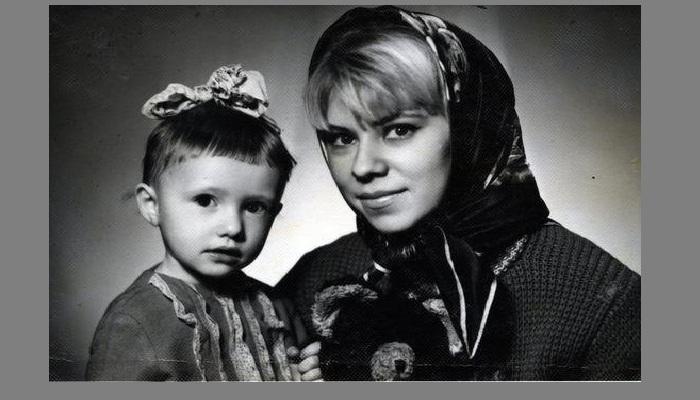 Елена Лебенбаум с мамой.