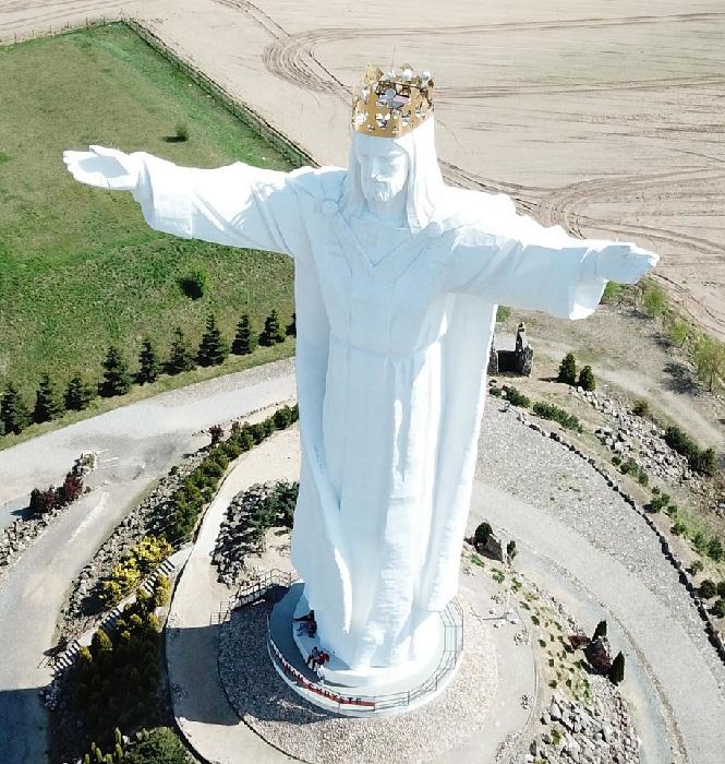 Статуя Иисуса Христа. Польша. ( Фрагмент).