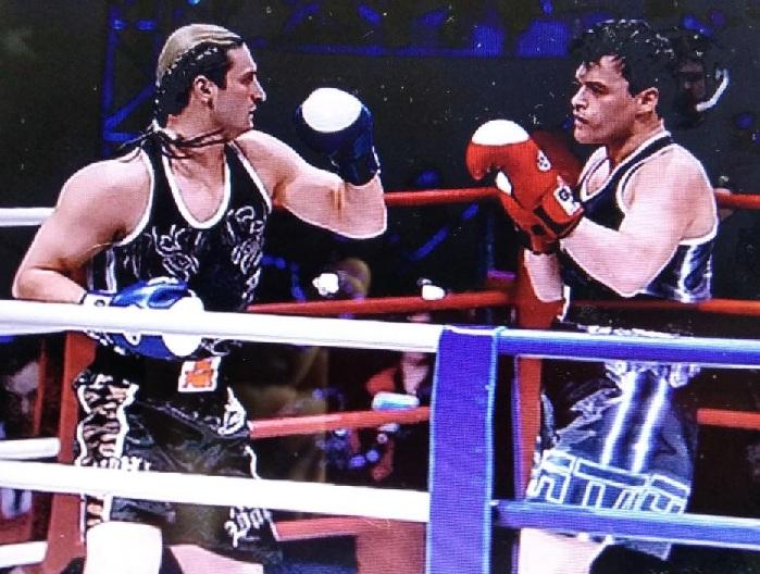 Евгений Дятлов и <br>Эдгард Запашный в финальном поединке в шоу «Король ринга».