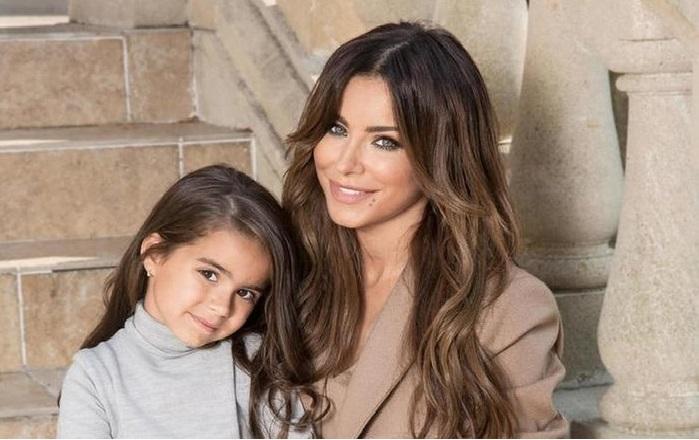 Ани Лорак с дочерью Софией.