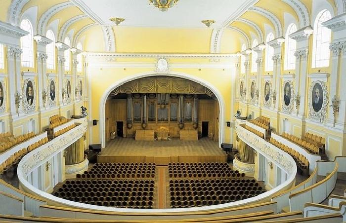 Большой зал Московской консерватории. Автор: Николай Бодаревский.