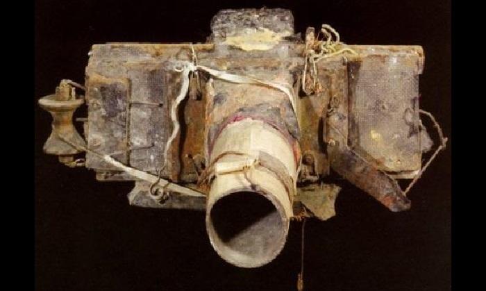Фотокамера, изготовленная чешским фотографом Мирославом Тихим.