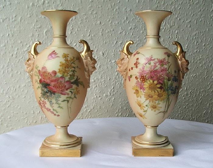 Антикварный фарфор от Royal Worcester.