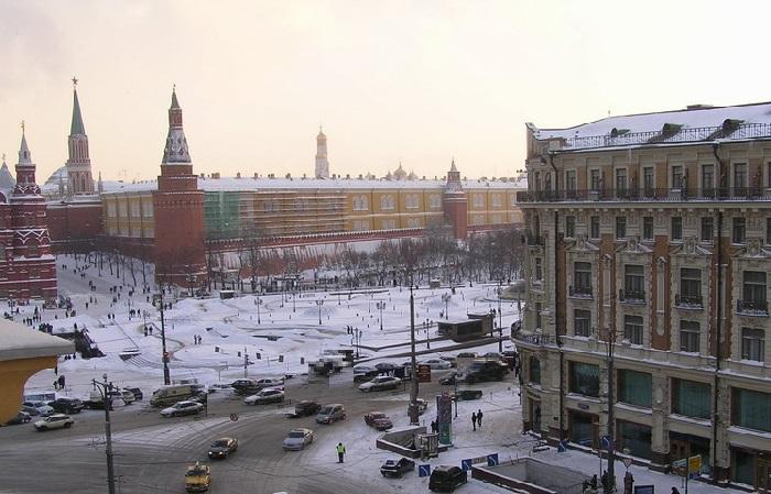 «Я сажусь, смотрю на Кремль и медитирую», — говорит Надежда Бабкина.  | Фото: teleprogramma.pro.