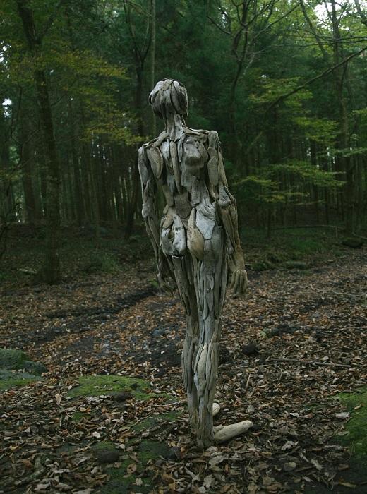 Скульптуры-призраки от Нагато Ивасаки.
