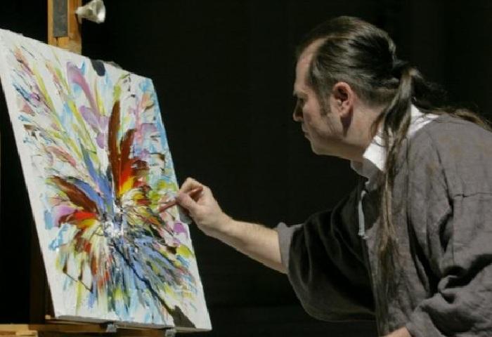 Дмитрий Кустанович - современный белорусский художник.