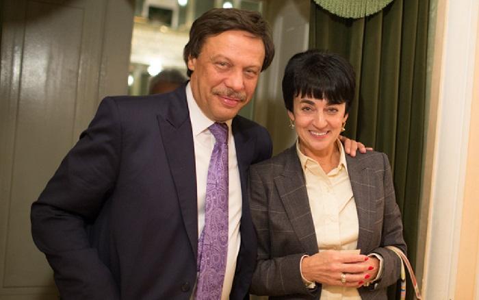 Михаил Барщевский с супругой Ольгой Баркаловой. | Фото: urist-home.do.am.