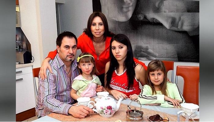 10 лет жизни на 2 семьи и 5 детей: Виражи судьбы «последнего романтика»  эстрады Валерия Меладзе
