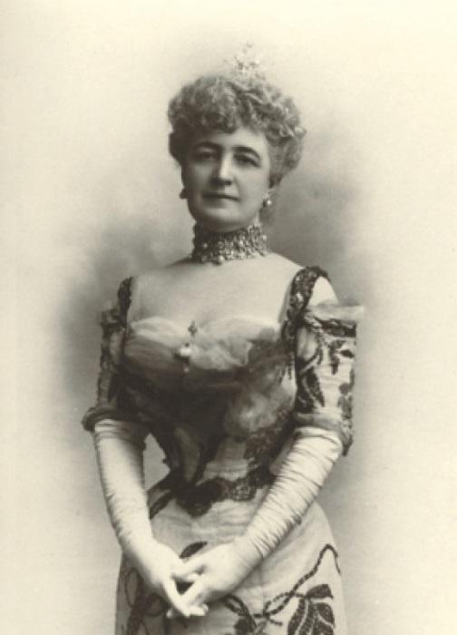 Берта Оноре Палмер.