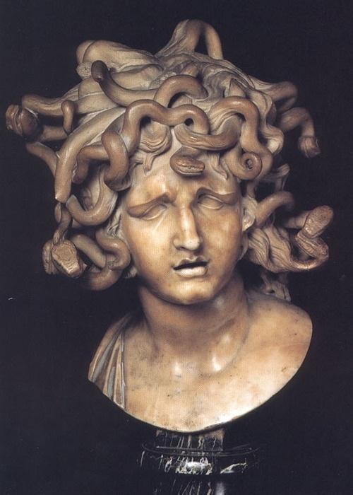 Голова Медузы Горгоны. Мрамор.(1630). Автор: Джованни Лоренцо Бернини.