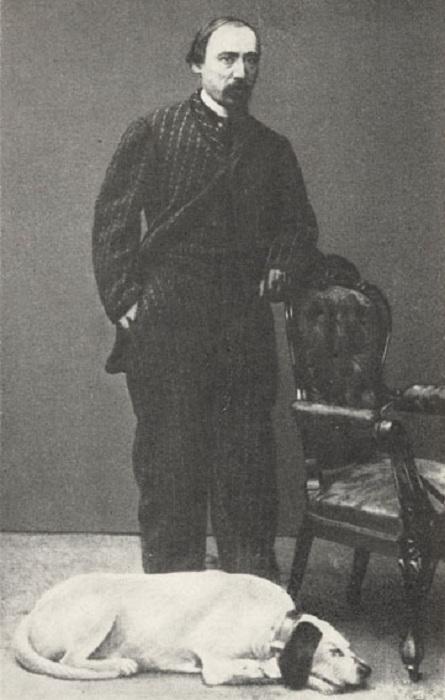 Николай Некрасов с любимым псом.