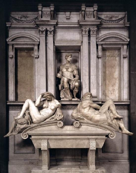 Гробница Медичи во Флоренции. Работа Микеланджело, 16 век