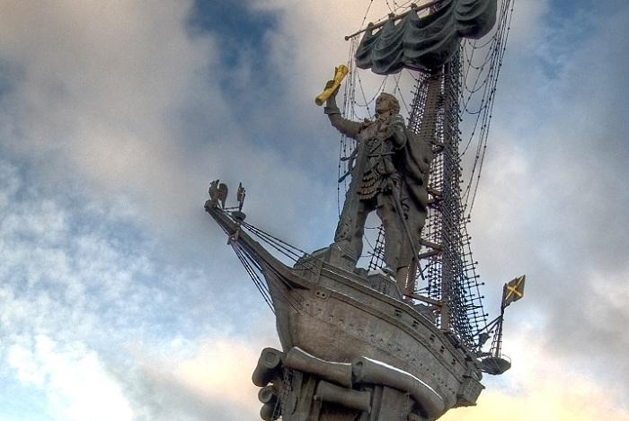 Памятник Петру I. Фрагмент.