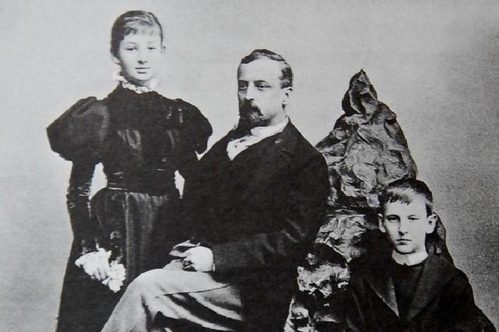 Генрик Сенкевич с детьми.
