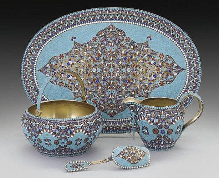Часть чайного или кофейного сервиза 1896–1908 годов. Клингерт Густав.