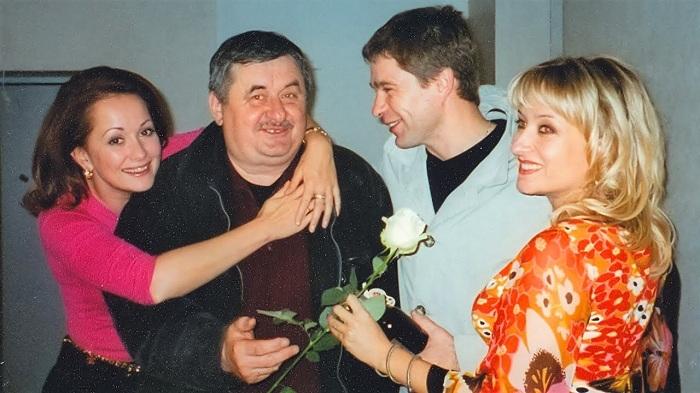 Игорь Афанасьевич Талпа среди актерского состава боевика.