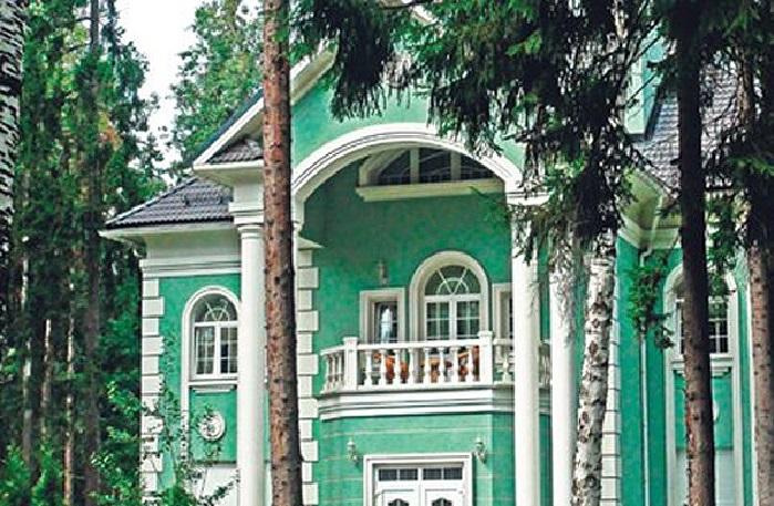Трехэтажный дом Юрия Антонова. | Фото: domzamkad.ru.