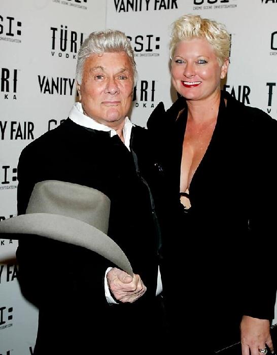 Тони Кёртис и Джилл Ванденберг.