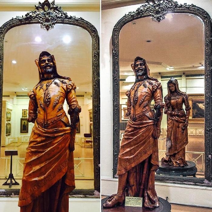 Двуликая статуя Мефистофеля и Маргариты. Музей Салар Джанг. Индия. Автор: Неизвестный французский скульптор XIX века.
