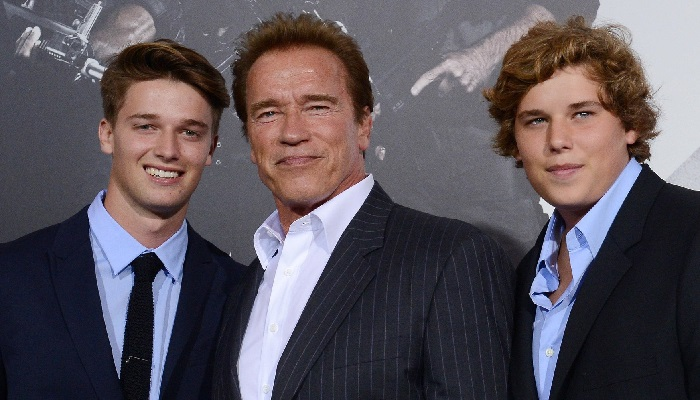 Арнольд Шварценеггер с сыновьями.
