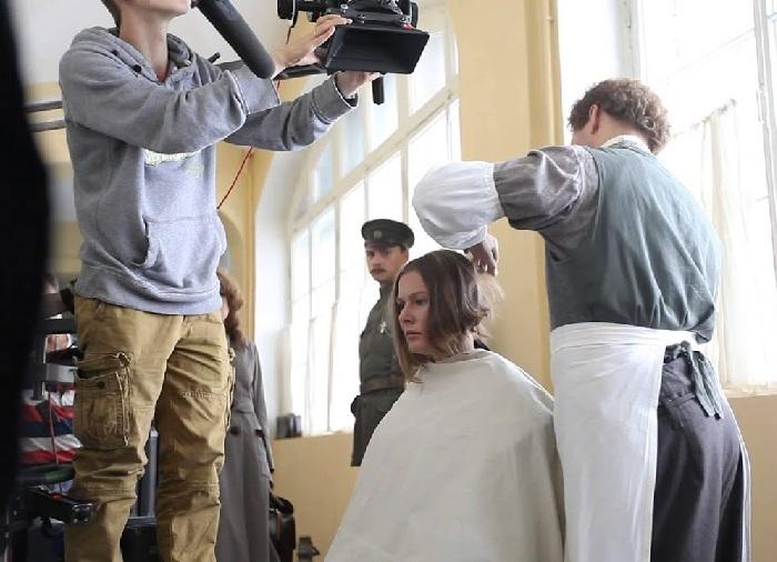 Мария Кожевникова на съемках фильма «Батальон смерти».