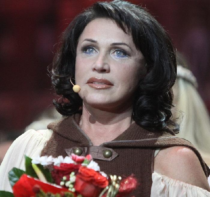 Надежда Бабкина -  советская и российская народная и эстрадная певица, актриса, телеведущая, исследователь народной песни, педагог, политический и общественный деятель.
