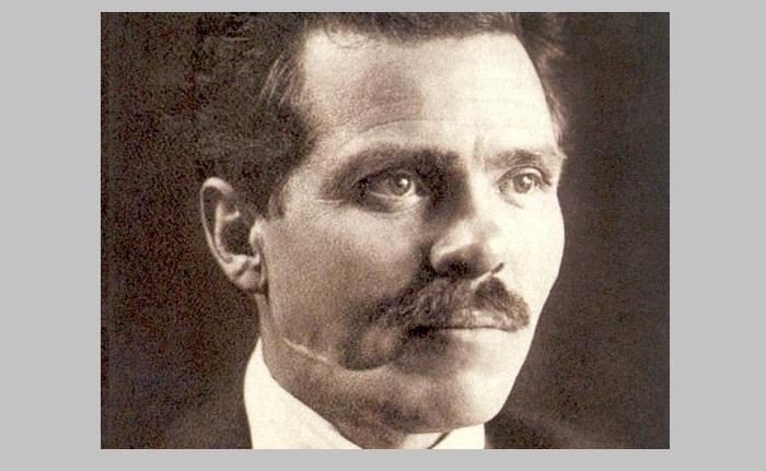 Нестор Иванович Махно - выдающийся политический деятель, командующий народной армией.