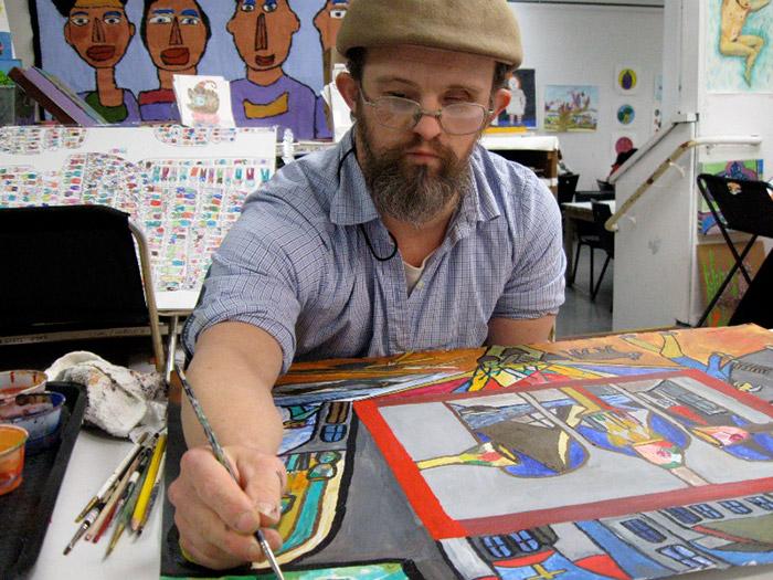 Moses Brown за работой. Арт-терапия в центре-студииCreativityExplored в Сан-Франциско (Калифорния, США).