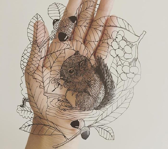 Резьба по бумаге от художницы Канако Абе.