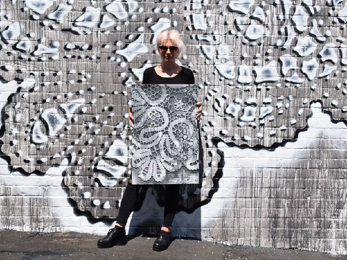 Кружевная «городская ювелирика»  от польской художницы НеСпун. | Фото: bit.ua.