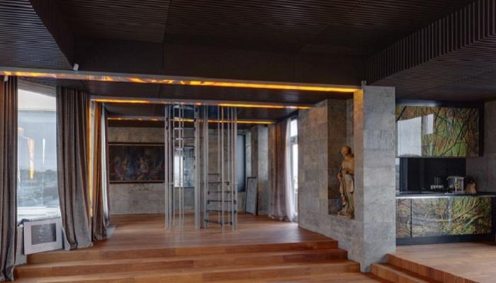Квартира Никаса Сафронова: кухня в стиле хай-тек, изготовленная в Италии по эскизам самого Никаса