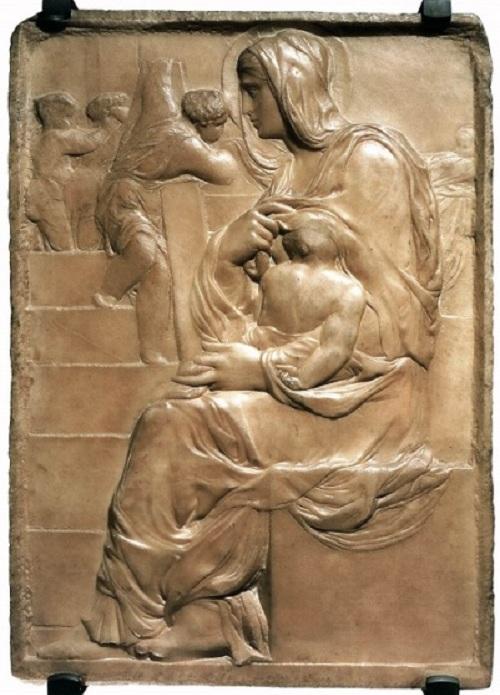 Мадонна у лестницы. (1491). Автор: Микеланджело Буонарроти.