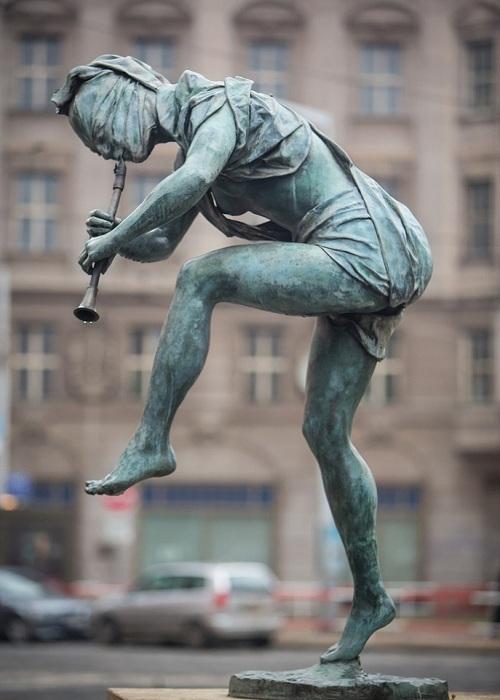 Река Амазонка. Автор: скульптор Анна Хроми. ¦ Фото: iloveprg.ru.
