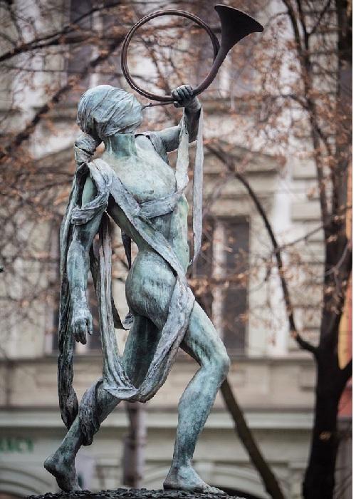 Река Миссисипи. Автор: скульптор Анна Хроми. ¦ Фото: iloveprg.ru.