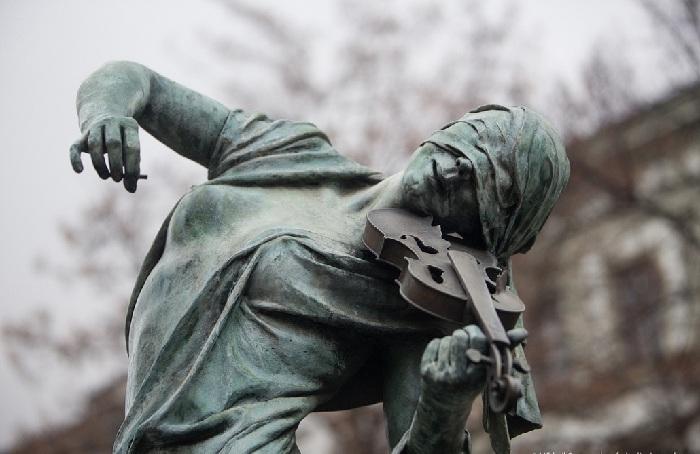 Река Дунай. Автор: скульптор Анна Хроми. ¦ Фото: praga-praha.ru.