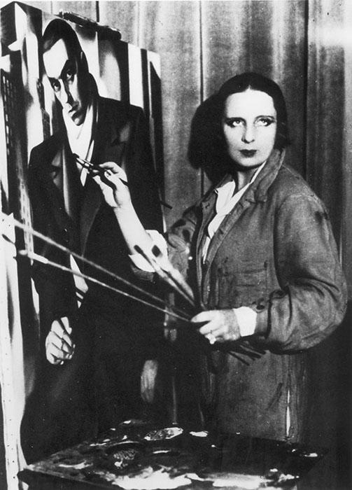 Тамара Лемпицка пишет портрет мужа.